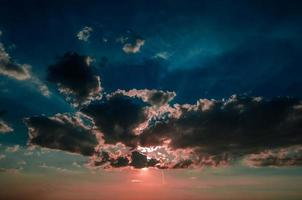 röd solnedgång foto