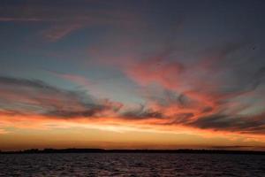 majestätisk solnedgång foto