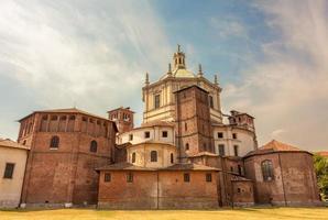 basilika helgon lorenzo major, baksida, milan foto