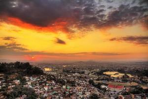 tana livlig solnedgång foto
