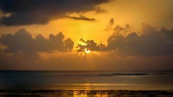 solnedgång i mombasa foto