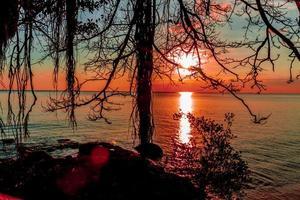 hav och solnedgång foto
