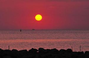 solnedgång i pattaya foto