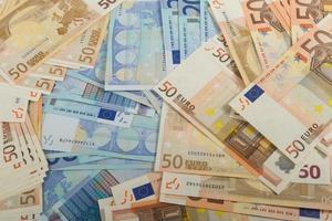 eu-sedlar i räkningar på 50 och 20 euro foto