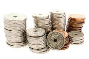 kolumner med mynt dkk foto