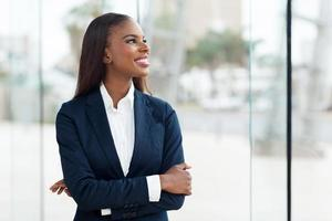 ung afrikansk affärskvinna foto