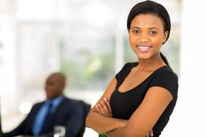 attraktiv afrikansk affärskvinna foto