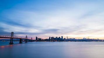 san francisco horisont vid solnedgången foto