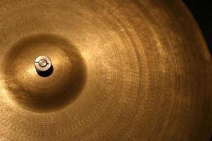 cymbal på nära håll foto