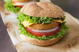 fiskburger på nära håll foto