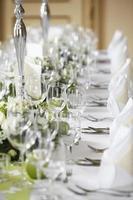 lagt bröllop bord foto