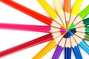 närbild färgpennor foto