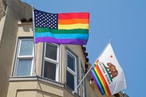flaggor i Castro, gay kvarter i San Francisco foto