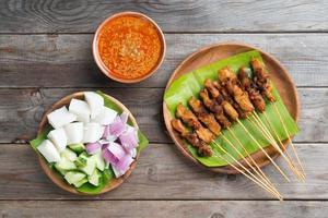 malaysisk kycklingssate foto