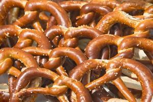 traditionellt tyskt bröd (bretzel) foto