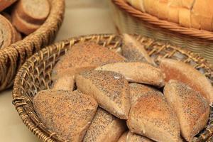 bröd med vallmofrön foto