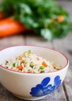 ris med grönsaker foto