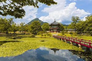 hyangwonjeong-paviljongen Sydkorea foto