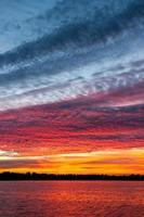 molnlandskap vid solnedgången