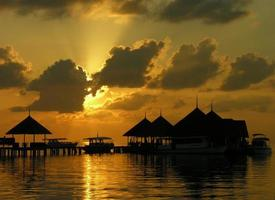 solnedgång i Maldiverna foto