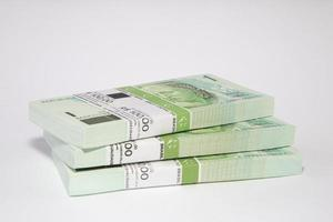 brasilianska pengar på bordet