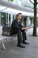 ung kaukasisk affärsman foto