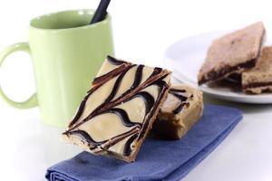 jordnötssmör fudge brownie foto