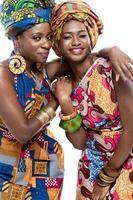 vackra afrikanska modemodeller. foto