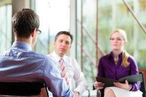företag - jobbintervju foto