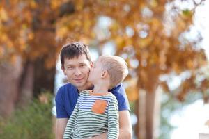 familjen vid hösten