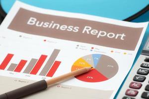 rapport om analys av affärsgraf. bokföring foto