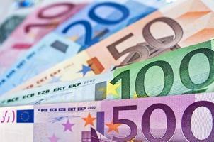 närbild på eurosedlar foto