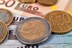 eurosedlar och mynt foto