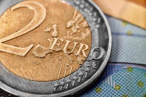 två euromynt foto