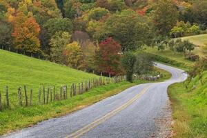 landskörning på hösten foto