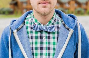 porträtt av mode bowtie foto