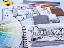 arkitekt / interiör skissritning för ny hemrenovering med material foto