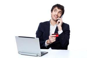 affärsman som handlar online foto