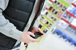 köper smartphone foto