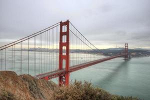 gyllene gate bridge och san francisco foto