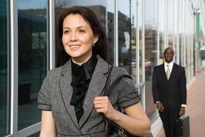 företagare promenader foto