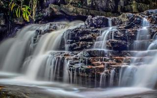 vattenfall av kuala sentul, maran, malaysia foto