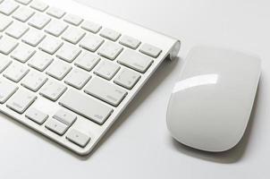 del av tangentbordet och musen foto