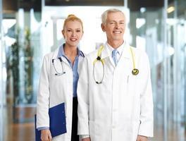 läkare på sjukhus foto
