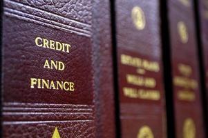 böcker om kredit och finans foto
