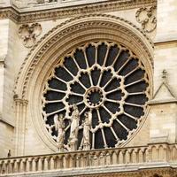 Notre Dame katedral ros fönster, Paris foto