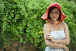 bedårande barnflicka i en hatt foto