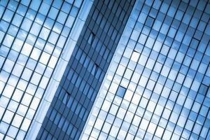 moden business office building windows repeterande mönster foto