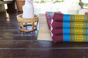 Thailand traditionell madrass för spa-massage foto