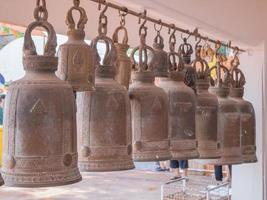 klockor i ett buddhistiskt tempel